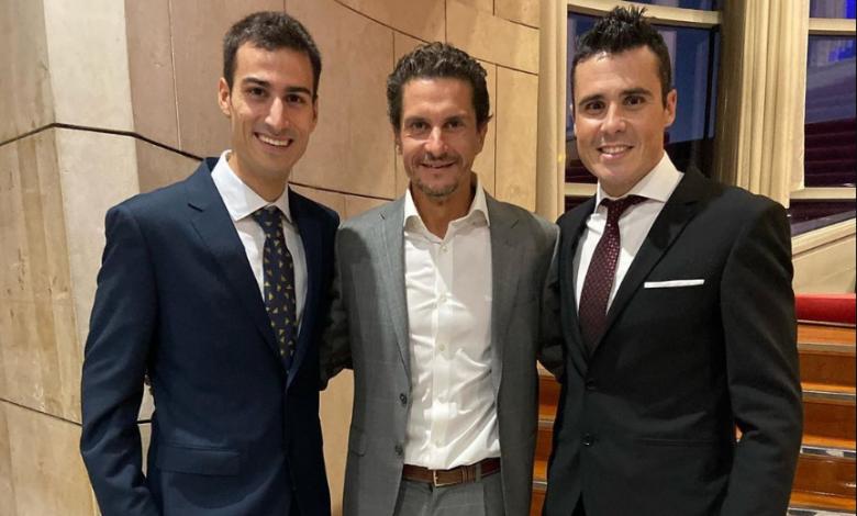 Mario Mola, Iván Raña and Javier Gómez Noya at the 2019 COE gala