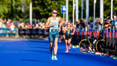 Photo of Flora Duffy gana el IRONMAN 70.3 South Africa en su debut en la media distancia