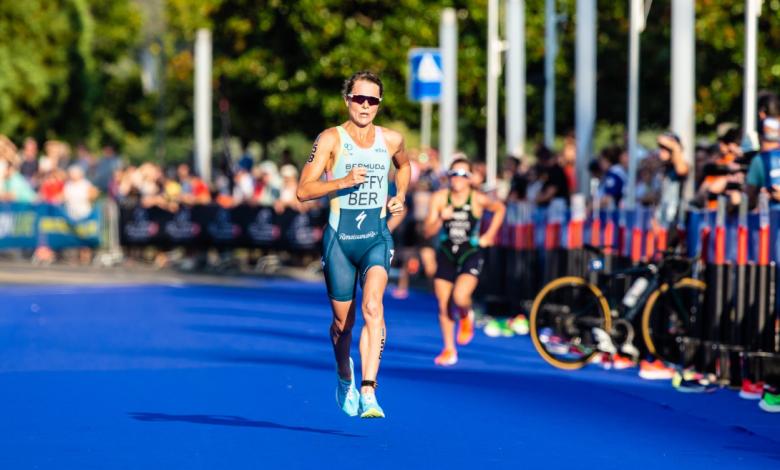 Flora Duffy segunda y Henri Schoeman tercero en su debut en la media distancia