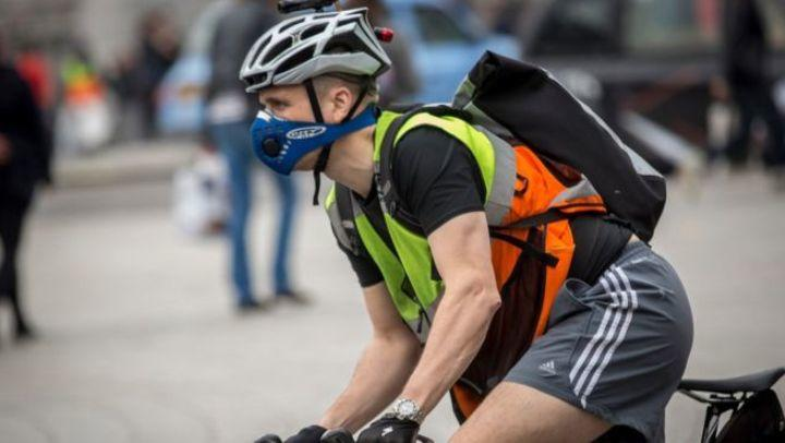When should the mask be used? Should I carry it on the bike?