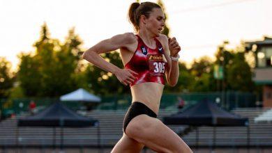 Gwen Jorgensen compitiendo en 3.000 metros