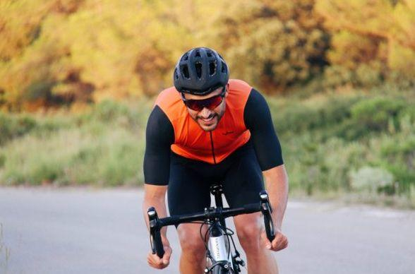 Photo of Decathlon launches a new cycling textile collection with custom range