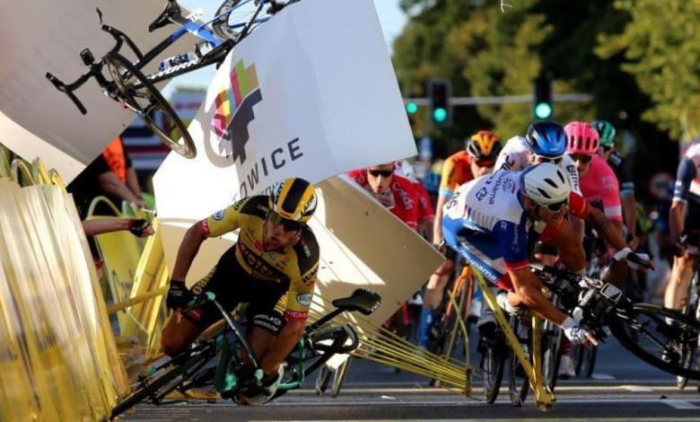 Momento de la caída del Tour de Polonia.