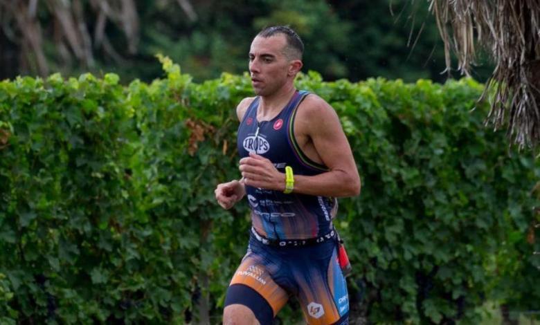 Rubén Ruzafa corriendo en el XTERRA Nouvelle-Aquitaine