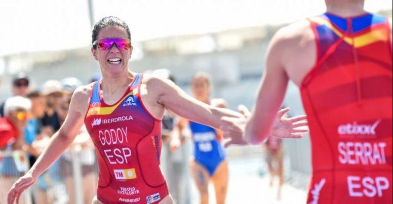 Spain competing in the mixed relay triathlon event