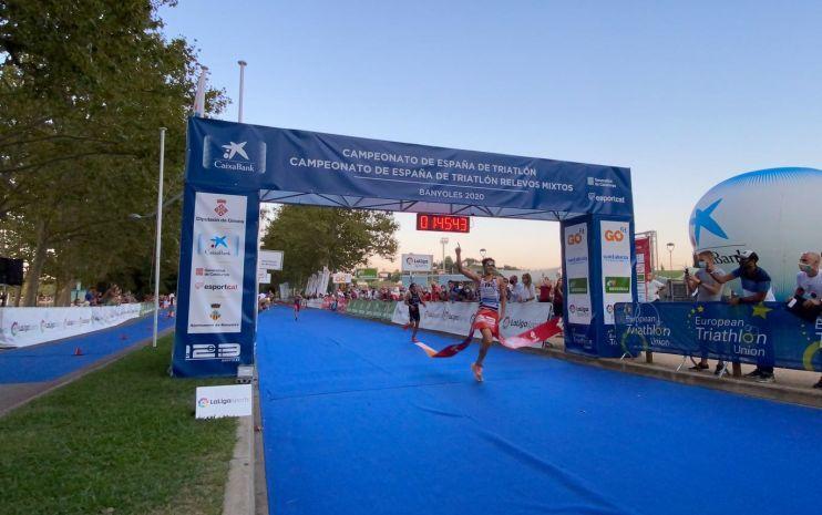 Foto von Alberto González Meister von Spanien des Elite Triathlon 2020.