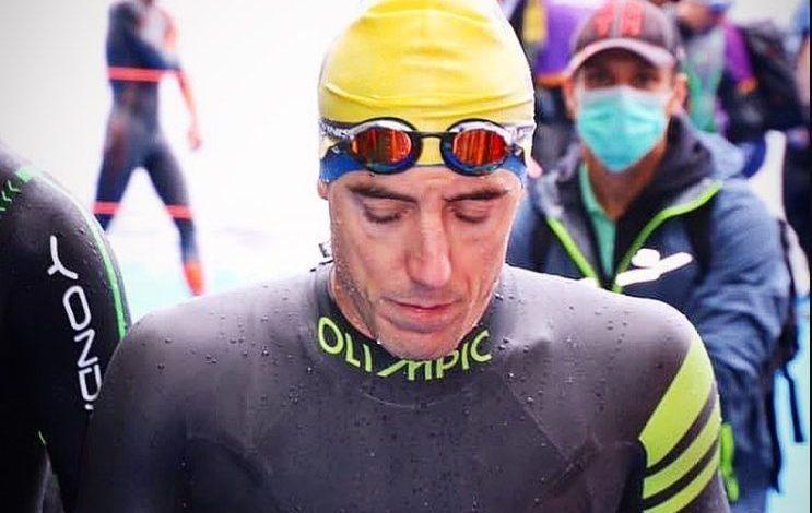 Fernando Alarza antes de salir a nadar en las WTS de hamburgo 2020