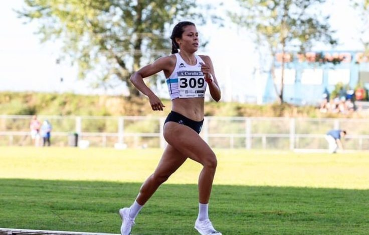 Joselyn Brea competing in track and field