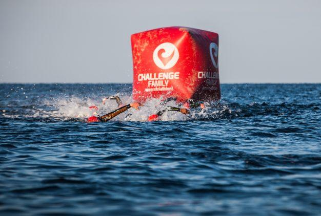 Buoy in the swimming segment of the Challenge Peguera