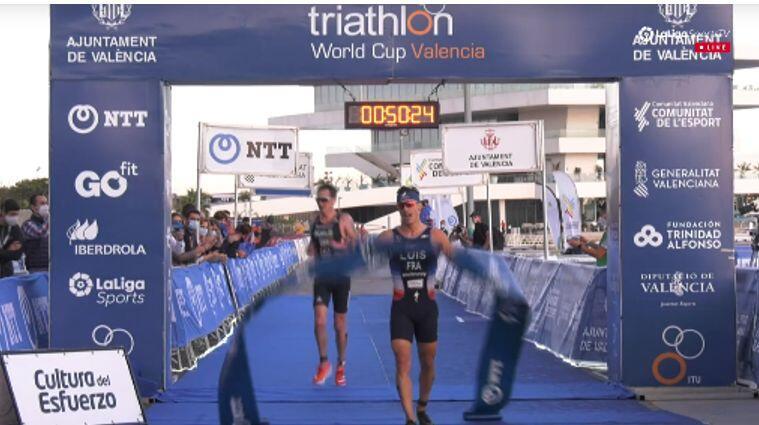 Vicent Luis gewinnt den Triathlon-Weltcup von Valencia