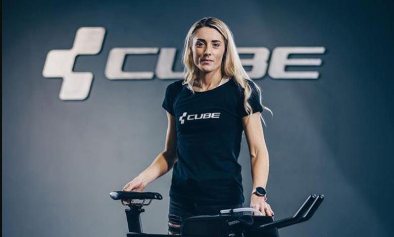 Lucy Charles ficha por Cube