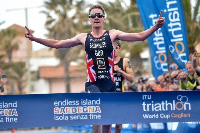Alistair Brownlee compitiendo en distancia olímpica