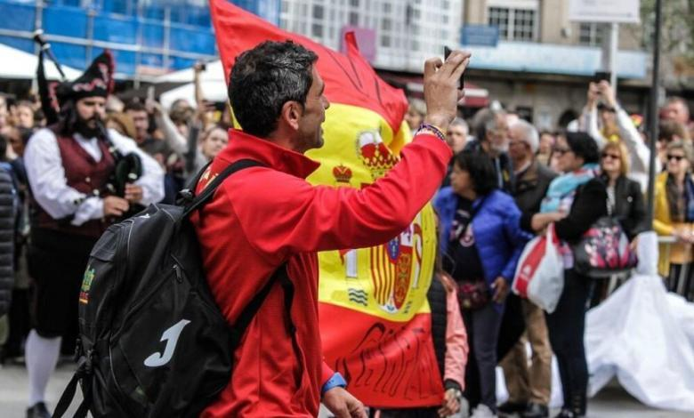 An age group triathlete with the Spanish kit
