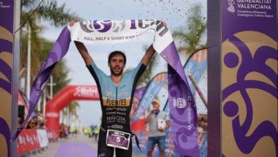 Gonzalo Fuentes winning ICAN Triathlon gandia